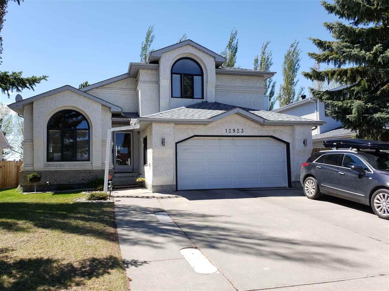 Main Photo: 12923 157 Avenue in Edmonton: Zone 27 House for sale : MLS®# E4152984