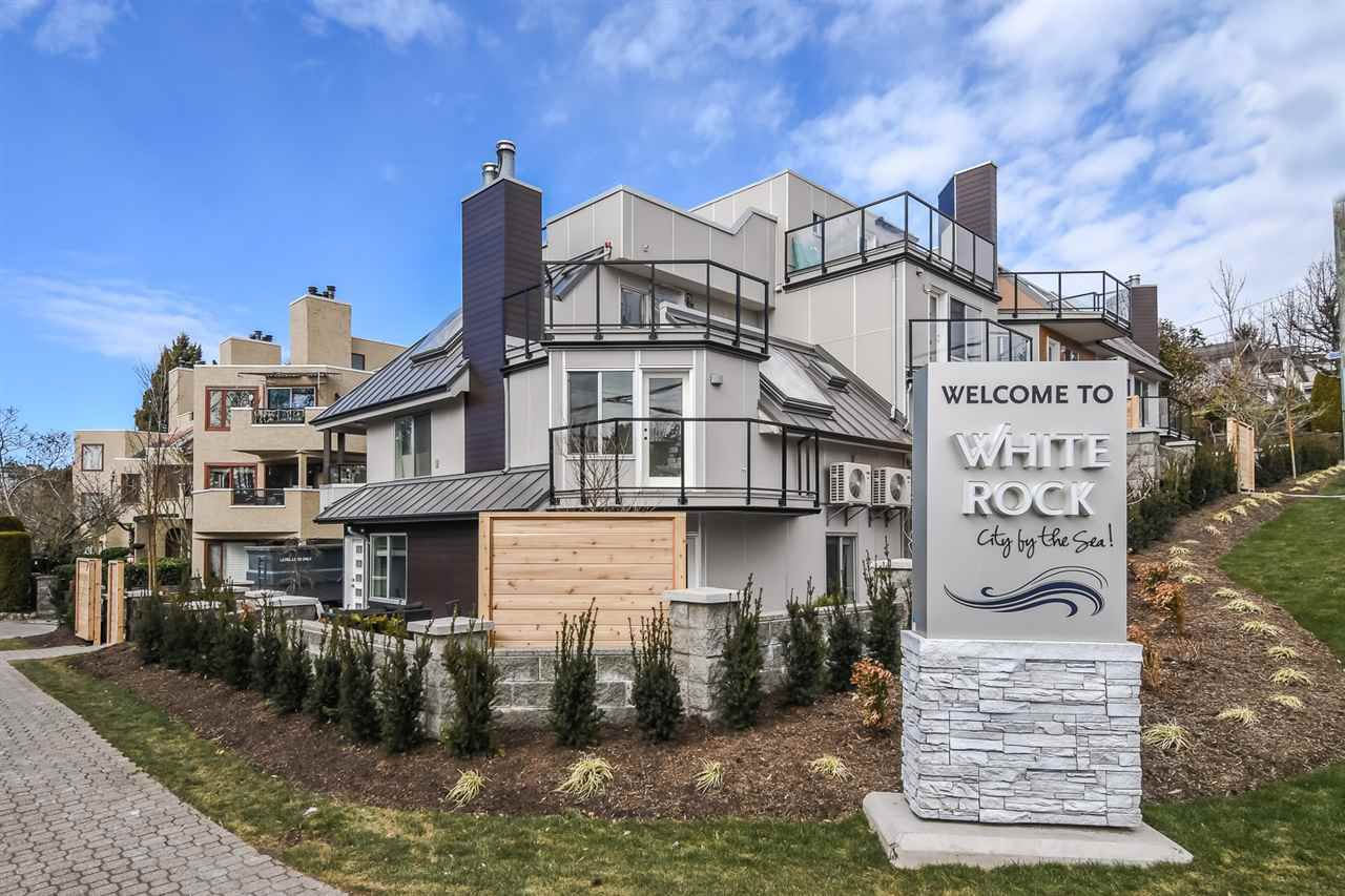 "Main Photo: 6 15989 MARINE Drive: White Rock Townhouse for sale in ""MARINER ESTATES"" (South Surrey White Rock)  : MLS®# R2368588"