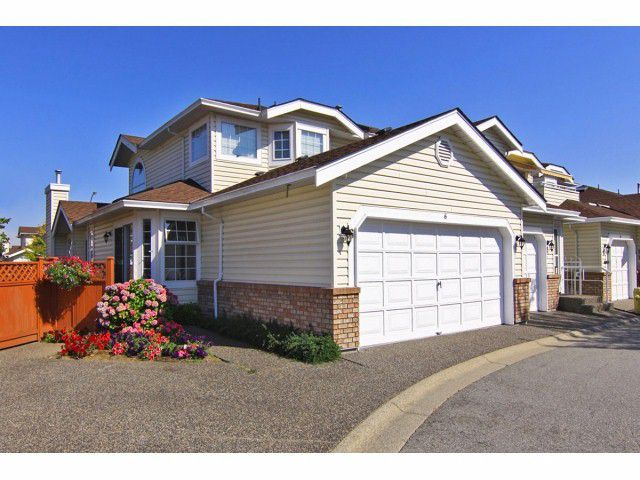 """Main Photo: 6 9163 FLEETWOOD Way in Surrey: Fleetwood Tynehead Townhouse for sale in """"Fountains of Guildford"""" : MLS®# F1323715"""