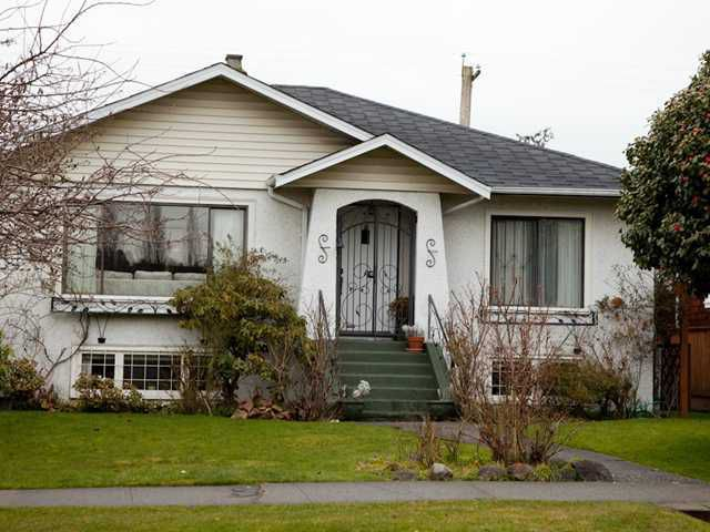 Main Photo: 3839 W 2ND Avenue in Vancouver: Point Grey House for sale (Vancouver West)  : MLS®# V1046119