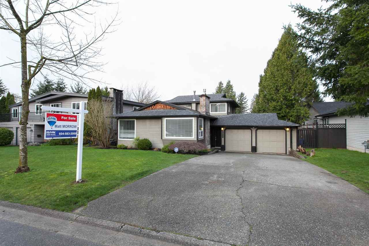 Main Photo: 6255 180A Street in Surrey: Cloverdale BC House for sale (Cloverdale)  : MLS®# R2051159