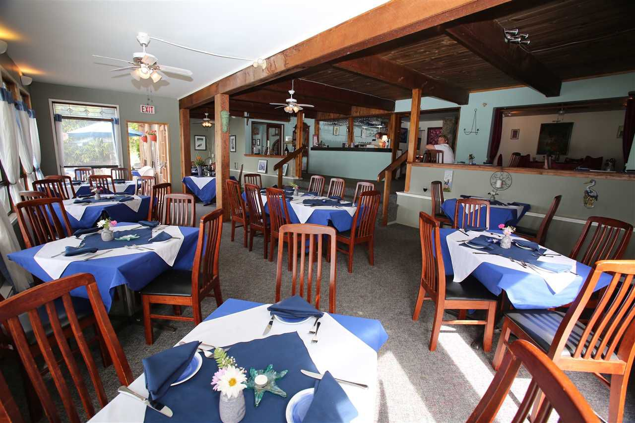 Photo 14: Photos: 5951 DELTA Road in Sechelt: Sechelt District House for sale (Sunshine Coast)  : MLS®# R2076157