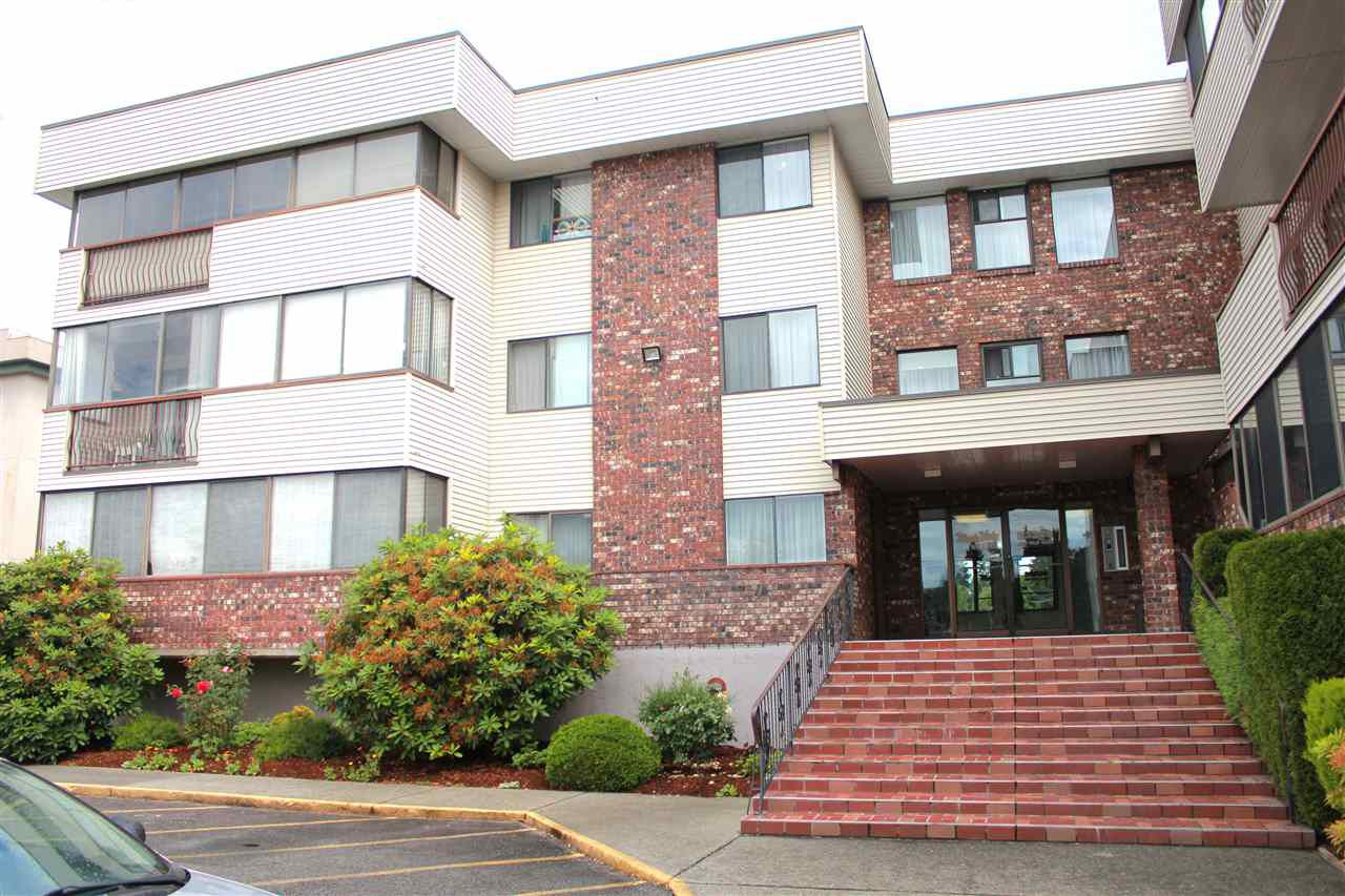"Main Photo: 104 33369 OLD YALE Road in Abbotsford: Central Abbotsford Condo for sale in ""Monte Vista Villas"" : MLS®# R2080682"