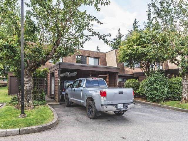 "Main Photo: 206 9468 PRINCE CHARLES Boulevard in Surrey: Cedar Hills Townhouse for sale in ""CEDAR HILLS"" (North Surrey)  : MLS®# R2081668"