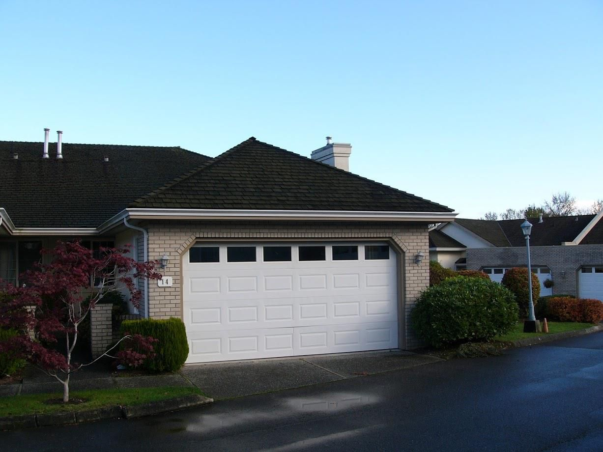 """Main Photo: 14 31450 SPUR Avenue in Abbotsford: Abbotsford West Townhouse for sale in """"Lakepointe Villas"""" : MLS®# R2120781"""