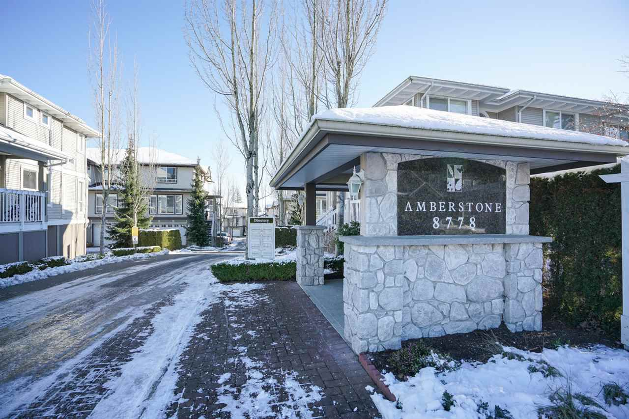 "Main Photo: 22 8778 159TH Street in Surrey: Fleetwood Tynehead Townhouse for sale in ""Amberstone"" : MLS®# R2127082"