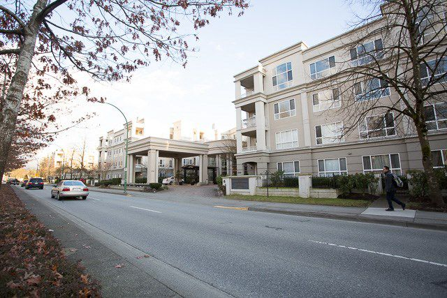 "Main Photo: 244 3098 GUILDFORD Way in Coquitlam: North Coquitlam Condo for sale in ""MALBOROUGH HOUSE"" : MLS®# R2143623"