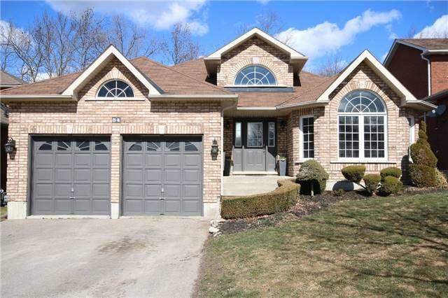 Main Photo: 84 Ferncroft Drive in Georgina: Keswick North House (Bungalow) for sale : MLS®# N3726545