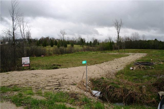 Main Photo: 176 St. Arnaud Street in Grey Highlands: Rural Grey Highlands Property for sale : MLS®# X3785109