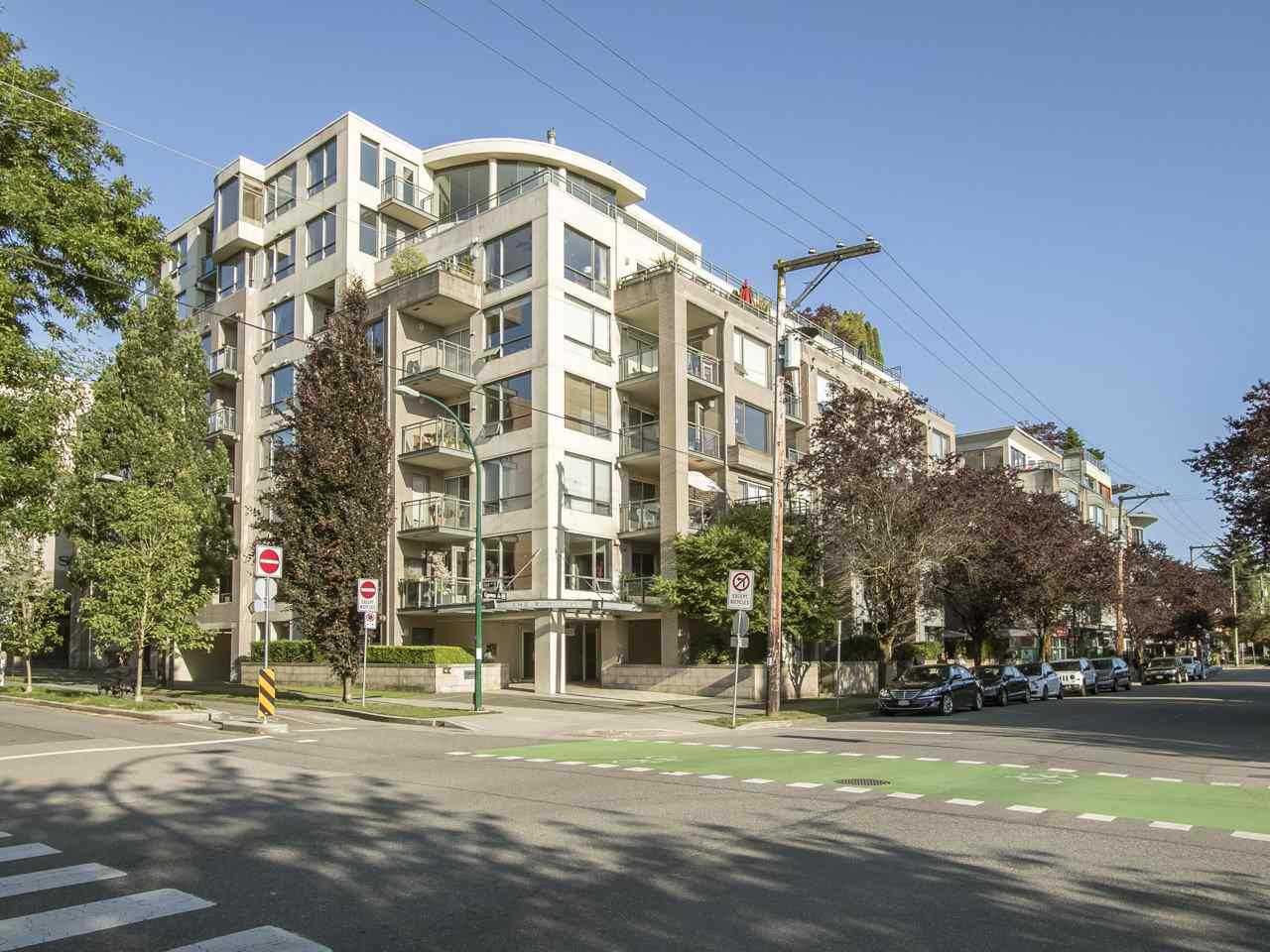 Main Photo: 203 1888 YORK AVENUE in Vancouver: Kitsilano Condo for sale (Vancouver West)  : MLS®# R2183620
