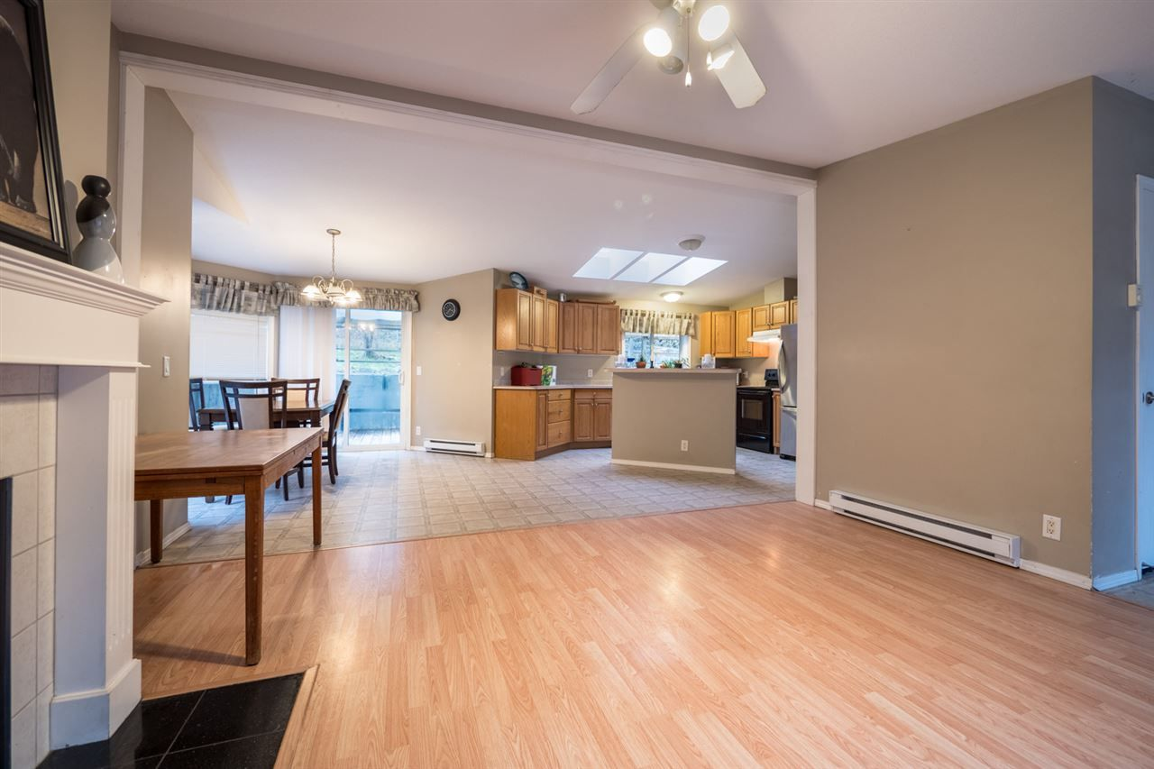 Photo 4: Photos: 6083 FAIRWAY Avenue in Sechelt: Sechelt District Manufactured Home for sale (Sunshine Coast)  : MLS®# R2232724