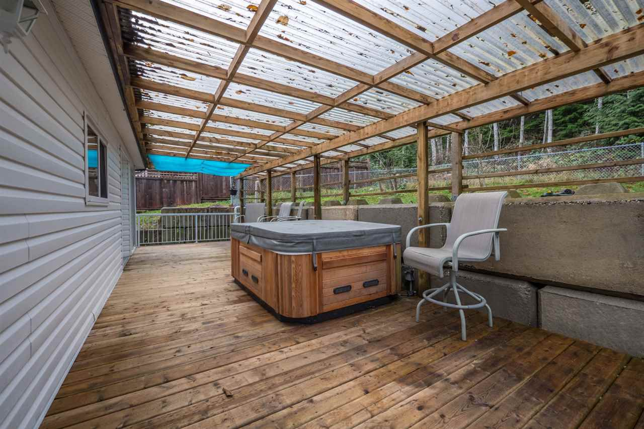 Photo 19: Photos: 6083 FAIRWAY Avenue in Sechelt: Sechelt District Manufactured Home for sale (Sunshine Coast)  : MLS®# R2232724
