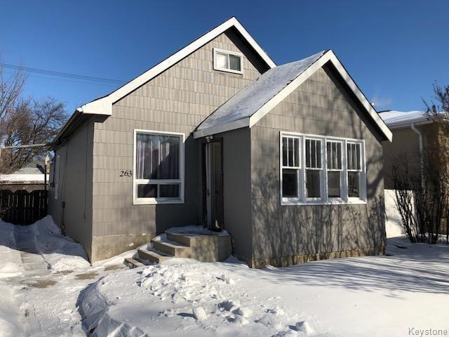 Main Photo: 263 Belmont Avenue in Winnipeg: West Kildonan Residential for sale (4D)  : MLS®# 1804979