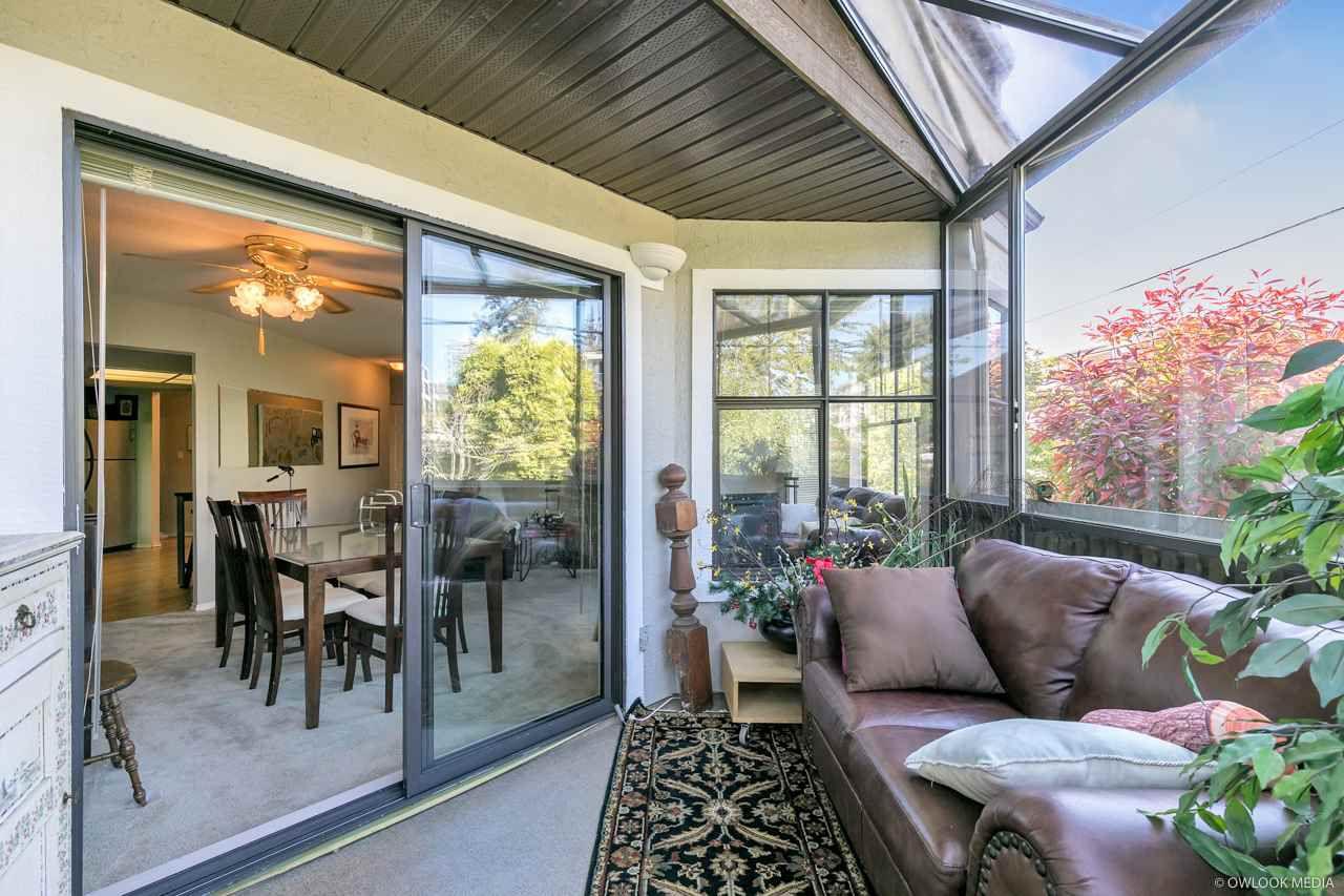 """Main Photo: 204 15080 PROSPECT Avenue: White Rock Condo for sale in """"The Tiffany"""" (South Surrey White Rock)  : MLS®# R2283392"""