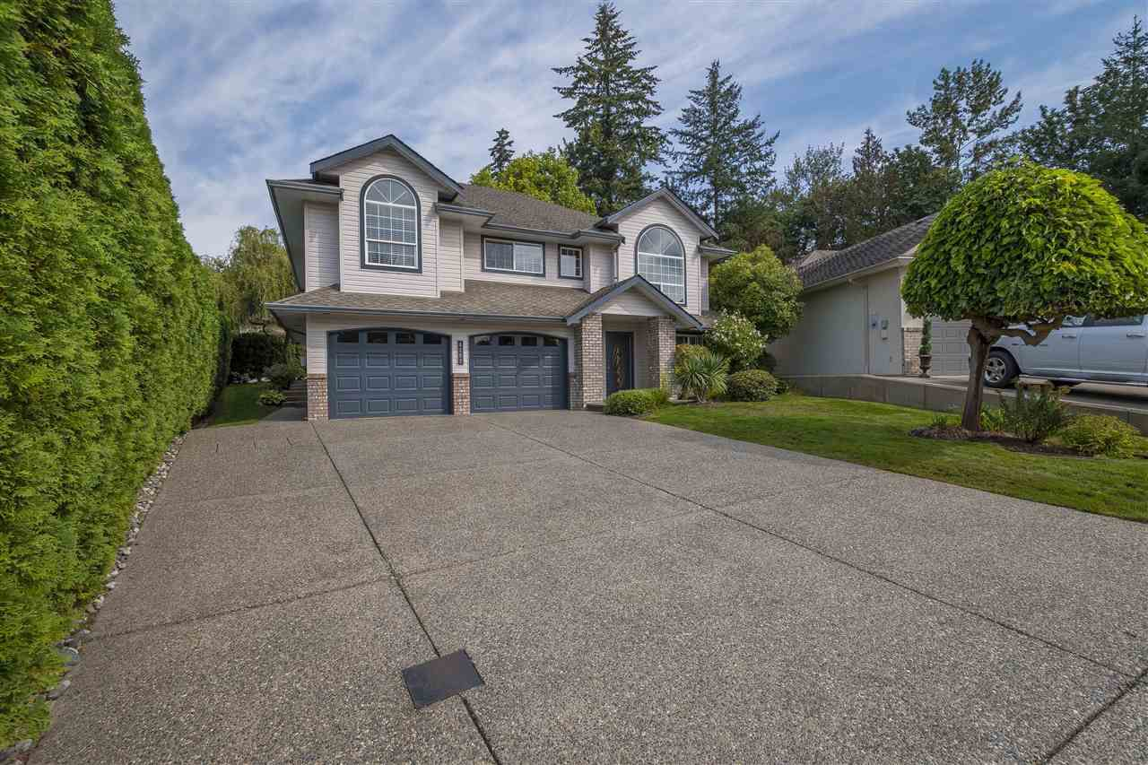 "Main Photo: 4292 SHEARWATER Drive in Abbotsford: Abbotsford East House for sale in ""SANDYHILL"" : MLS®# R2324823"