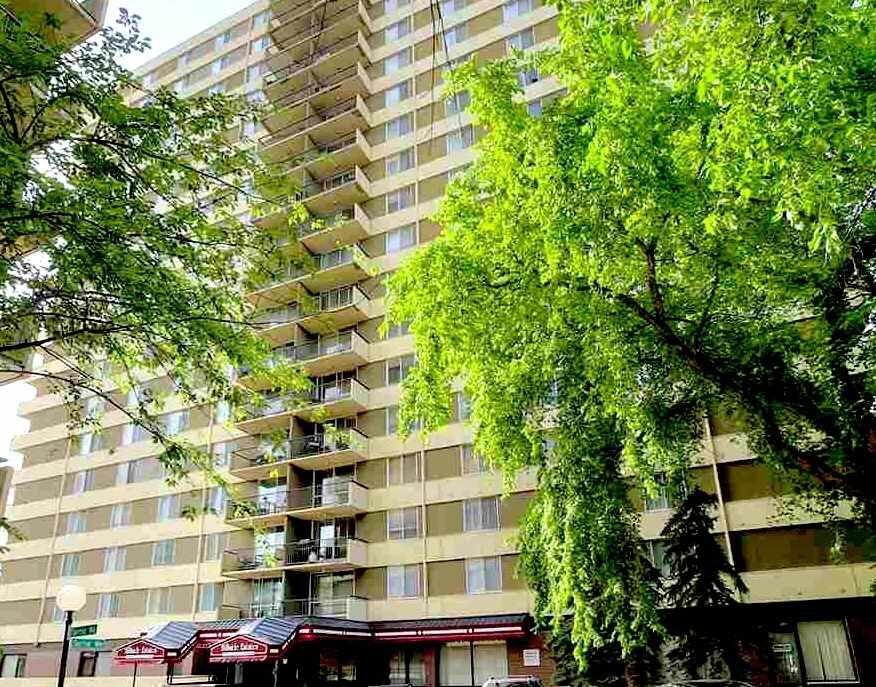 Main Photo: 1802 9903 104 Street in Edmonton: Zone 12 Condo for sale : MLS®# E4145511