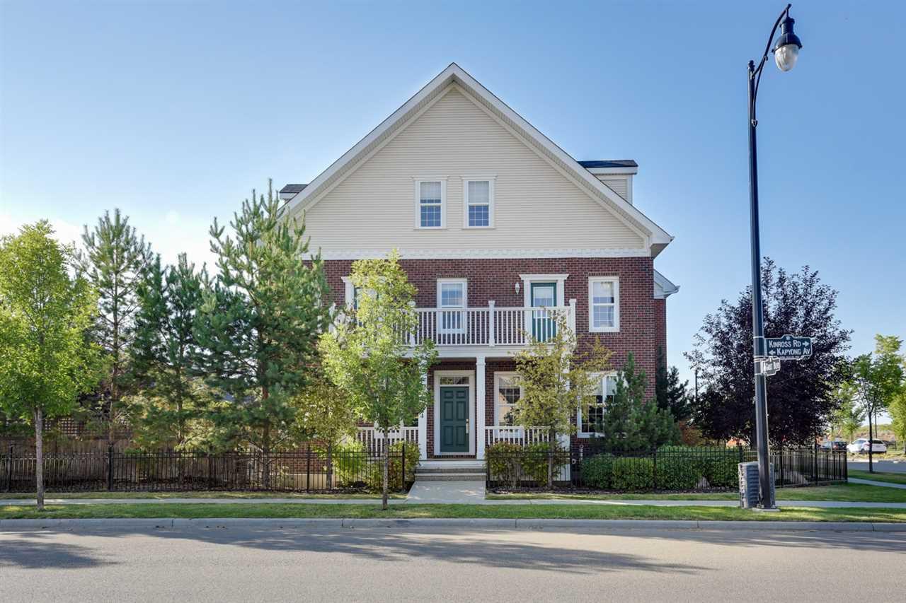 Main Photo: 1304 Kapyong Avenue in Edmonton: Zone 27 Townhouse for sale : MLS®# E4156033
