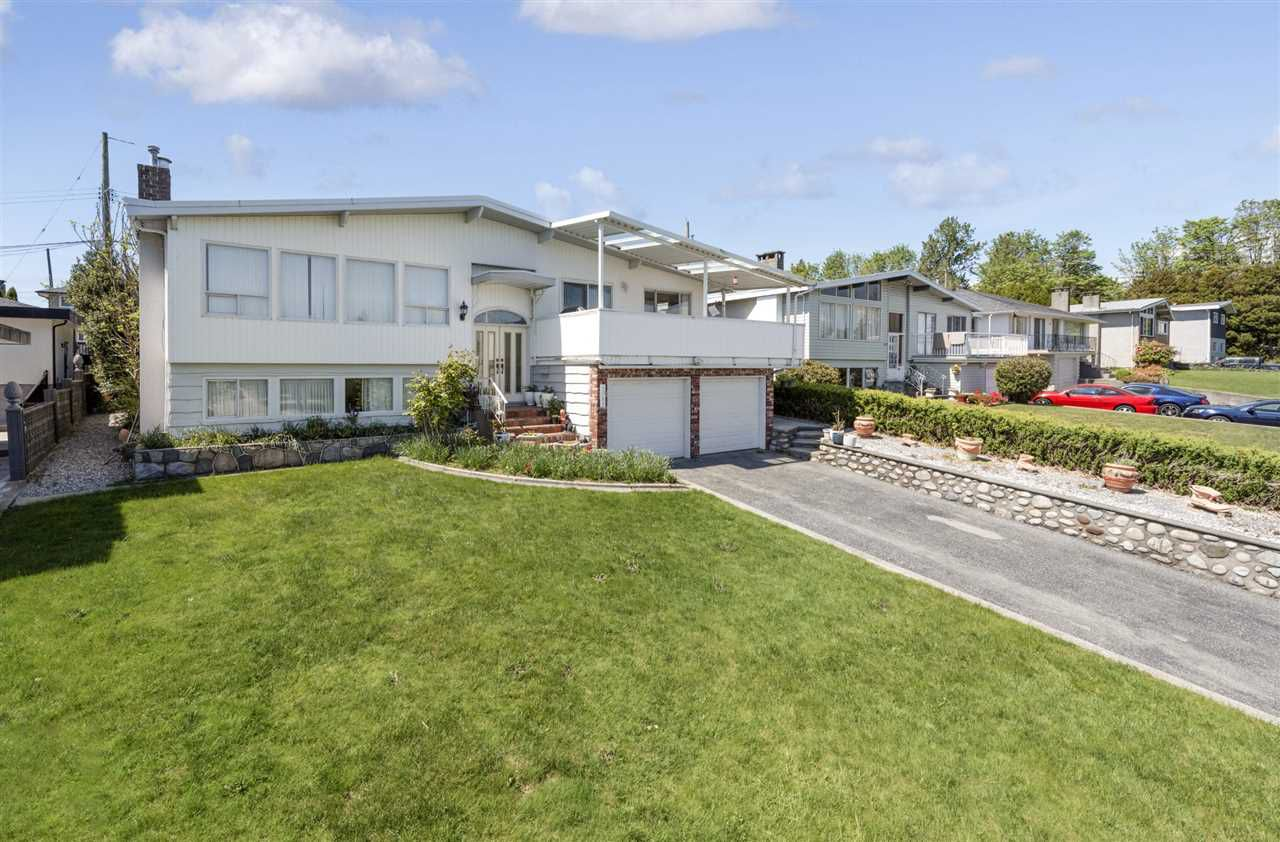 Main Photo: 1081 FELL Avenue in Burnaby: Parkcrest House for sale (Burnaby North)  : MLS®# R2368347