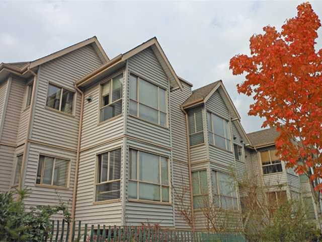 Main Photo: 203 2333 CLARK Drive in Vancouver: Mount Pleasant VE Townhouse for sale (Vancouver East)  : MLS®# V918339