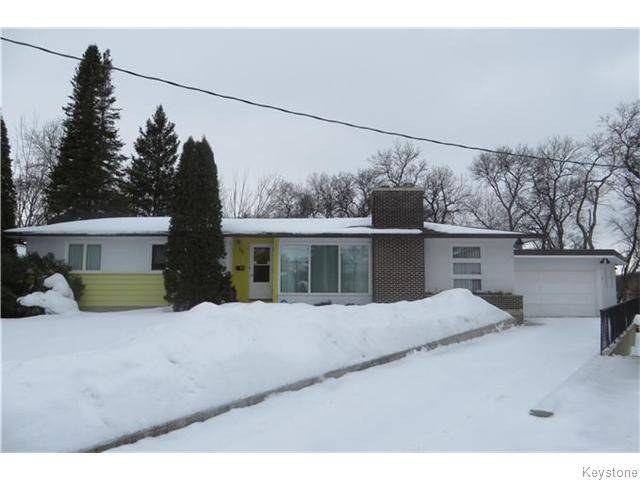 Main Photo: 35 Tod Drive in Winnipeg: St Vital Residential for sale (South East Winnipeg)  : MLS®# 1604289