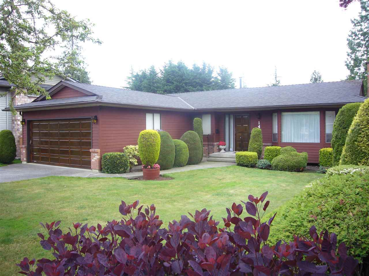"""Main Photo: 14868 20 Avenue in Surrey: Sunnyside Park Surrey House for sale in """"Southmere"""" (South Surrey White Rock)  : MLS®# R2076020"""