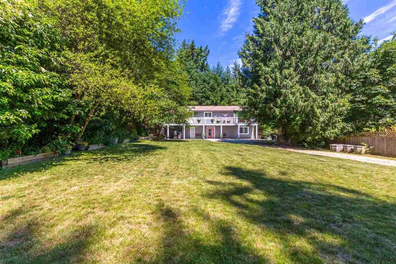 Main Photo: 7783 LOHN Road in Halfmoon Bay: Halfmn Bay Secret Cv Redroofs House for sale (Sunshine Coast)  : MLS®# R2182336