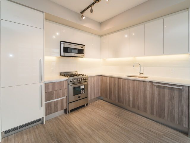Main Photo: 2507 4900 LENNOX Lane in Burnaby: Metrotown Condo for sale (Burnaby South)  : MLS®# R2278140
