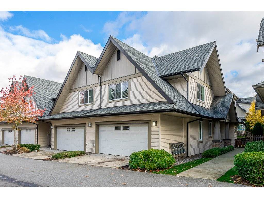 """Main Photo: 76 2501 161A Street in Surrey: Grandview Surrey Townhouse for sale in """"HIGHLANDS"""" (South Surrey White Rock)  : MLS®# R2318946"""