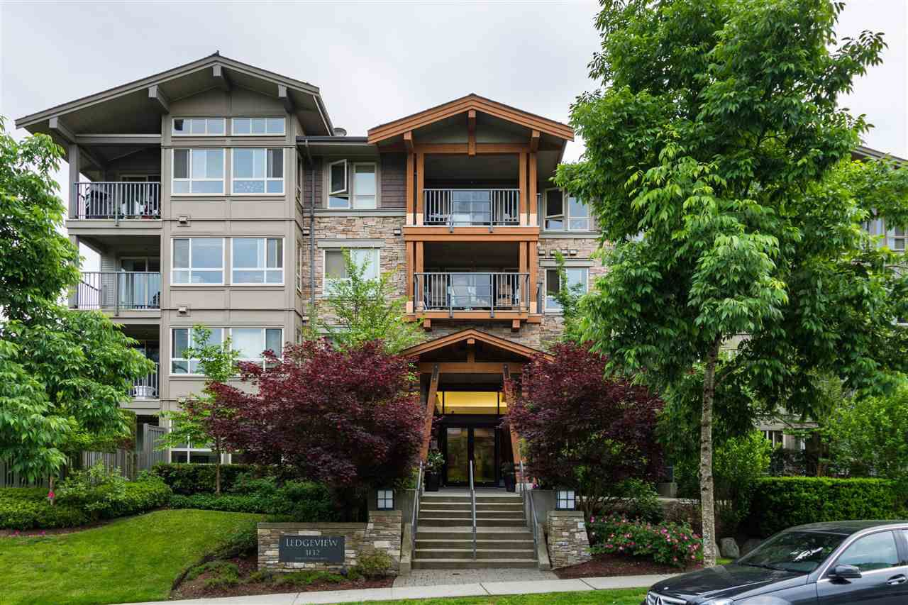 "Main Photo: 408 3132 DAYANEE SPRINGS Boulevard in Coquitlam: Westwood Plateau Condo for sale in ""LEDGEVIEW"" : MLS®# R2376501"