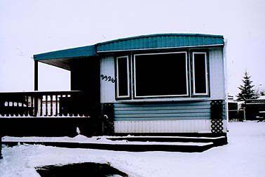 Main Photo: 2326 Westport Close: Mobile for sale (Westview Village Mobile Park)  : MLS®# 2301338