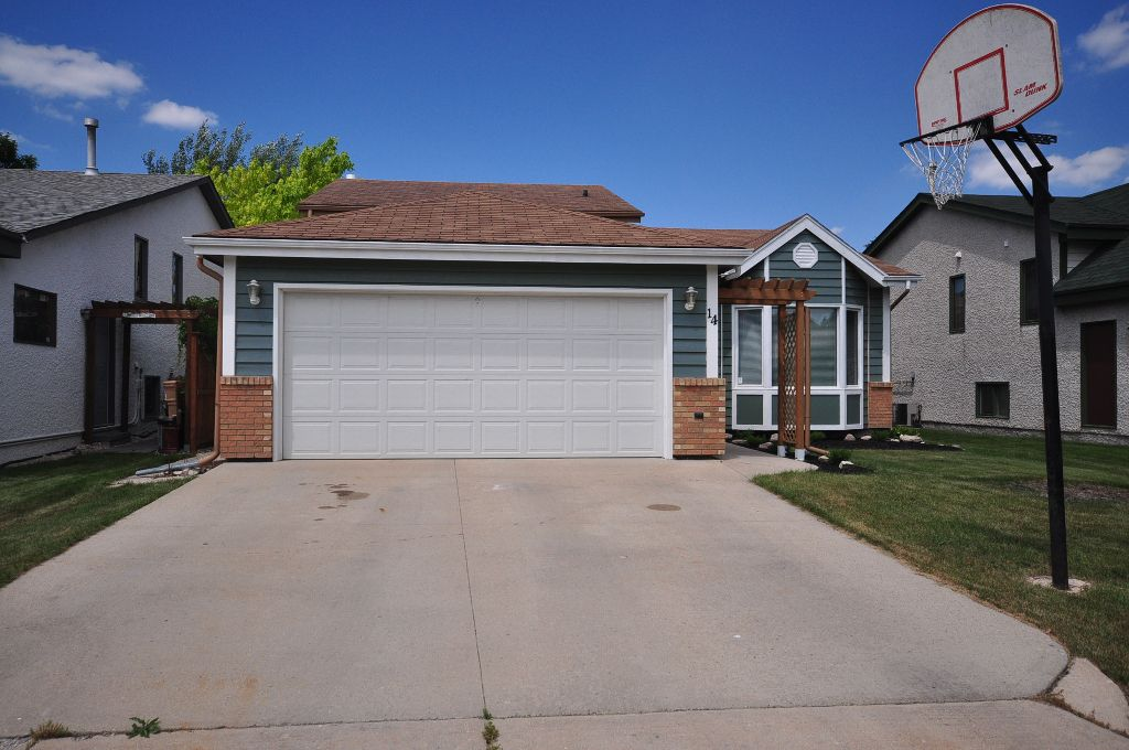 Look no further than this wonderfully upgraded 4 Bedroom 4-Level Split Home in Whyte Ridge!