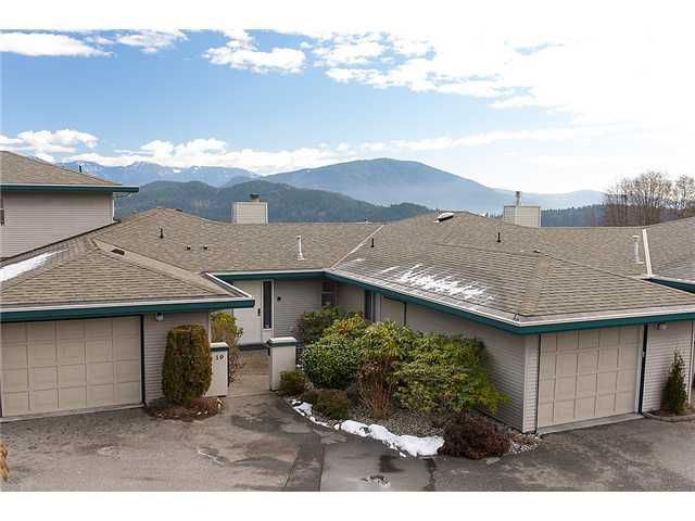 """Main Photo: 10 554 EAGLECREST Drive in Gibsons: Gibsons & Area Condo for sale in """"GEORGIA MIRAGE"""" (Sunshine Coast)  : MLS®# V1049227"""