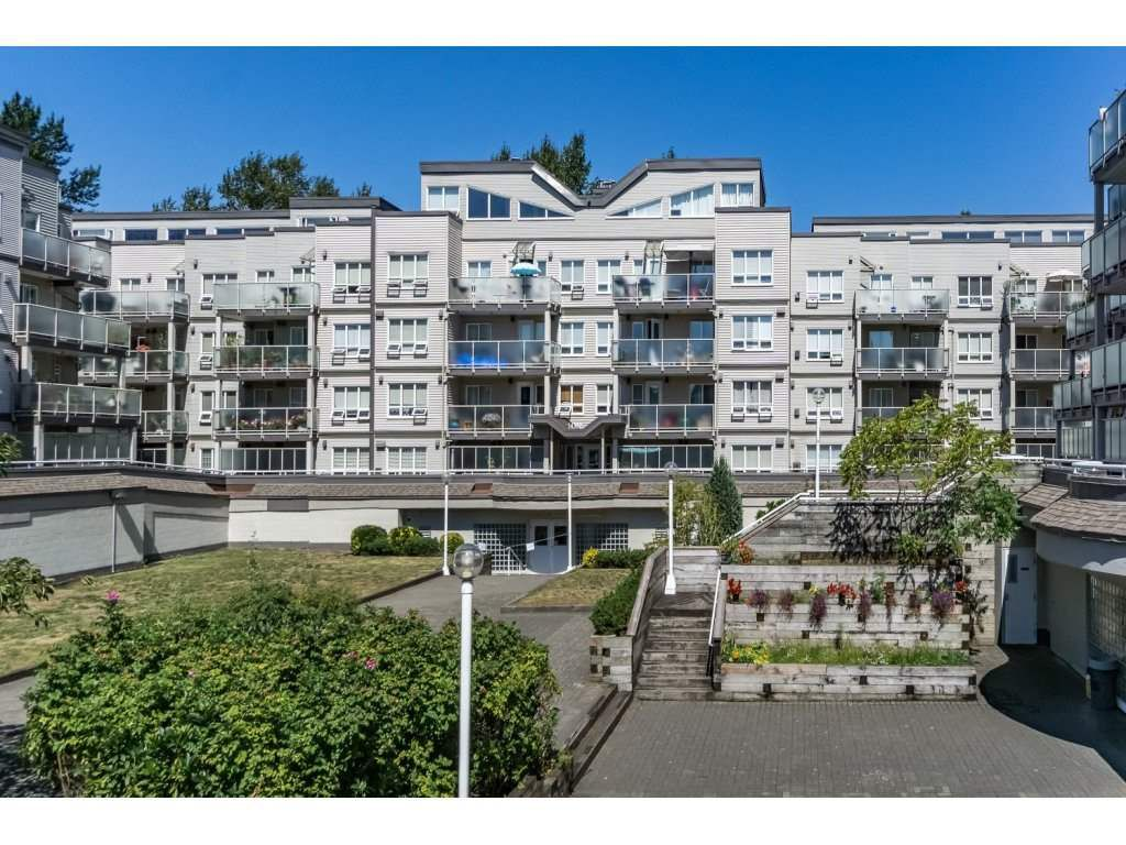 Main Photo: 316 14377 103 Avenue in Surrey: Whalley Condo for sale (North Surrey)  : MLS®# R2100906