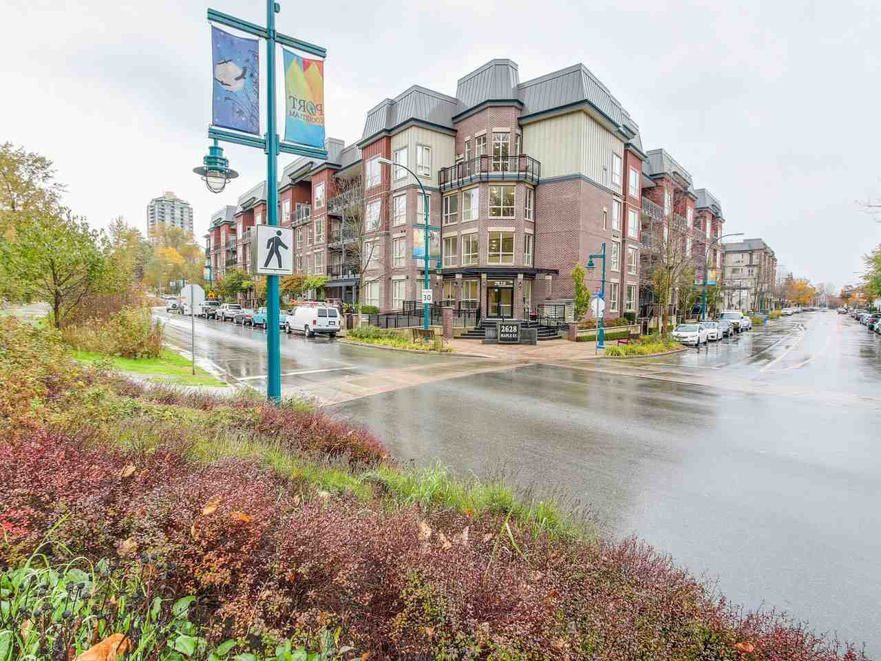 "Main Photo: 320 2628 MAPLE Street in Port Coquitlam: Central Pt Coquitlam Condo for sale in ""VILLAGIO II"" : MLS®# R2223182"