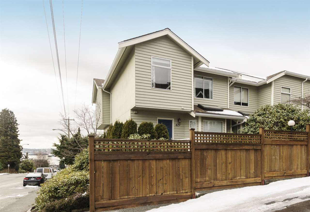 """Main Photo: 429 ST. ANDREWS Avenue in North Vancouver: Lower Lonsdale Townhouse for sale in """"ST. ANDREWS'S COURT"""" : MLS®# R2243026"""