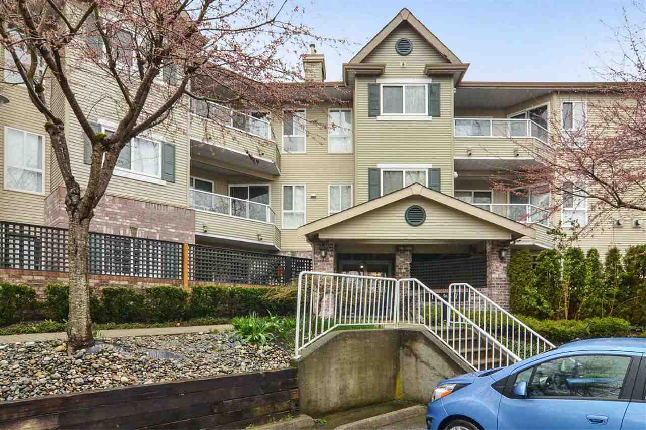 "Main Photo: 207 16137 83 Avenue in Surrey: Fleetwood Tynehead Condo for sale in ""The Fernwood"" : MLS®# R2252124"