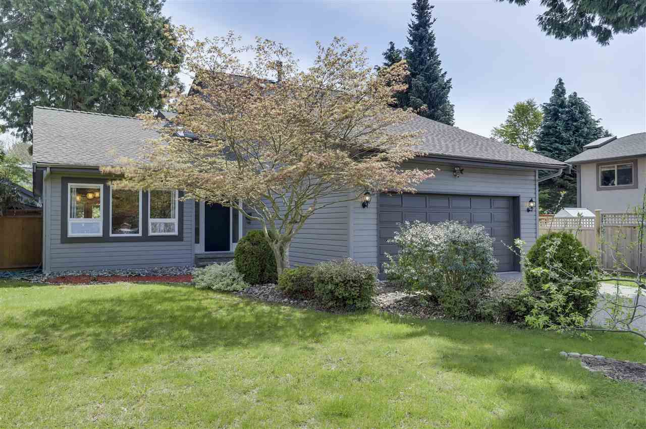 Main Photo: 1662 141B Street in Surrey: Sunnyside Park Surrey House for sale (South Surrey White Rock)  : MLS®# R2264922