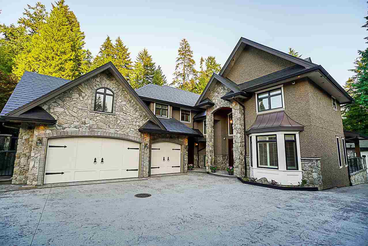 Photo 3: Photos: 2416 SHAWNA Way in Coquitlam: Central Coquitlam House for sale : MLS®# R2302956