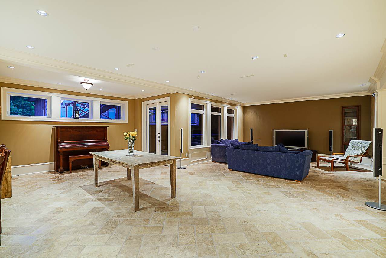 Photo 17: Photos: 2416 SHAWNA Way in Coquitlam: Central Coquitlam House for sale : MLS®# R2302956