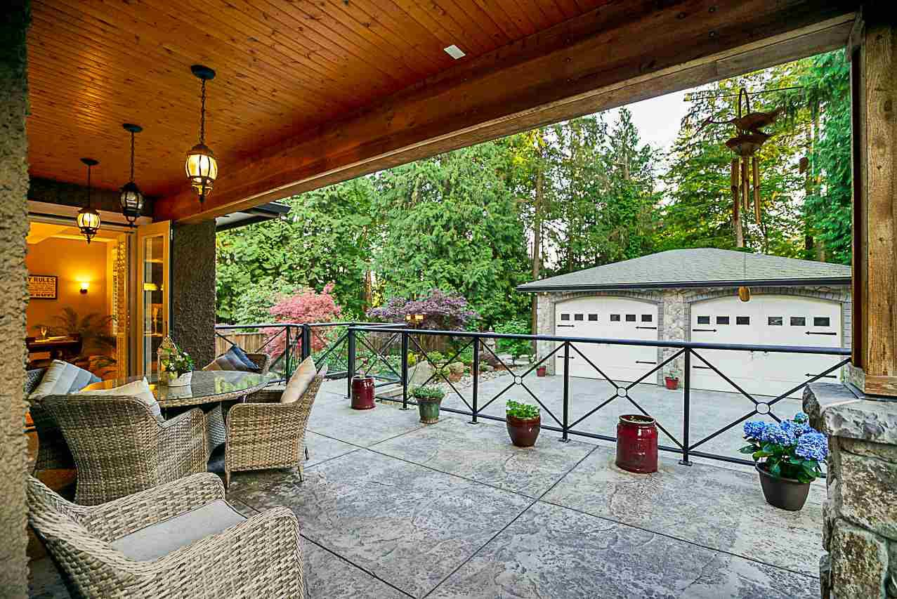 Photo 5: Photos: 2416 SHAWNA Way in Coquitlam: Central Coquitlam House for sale : MLS®# R2302956
