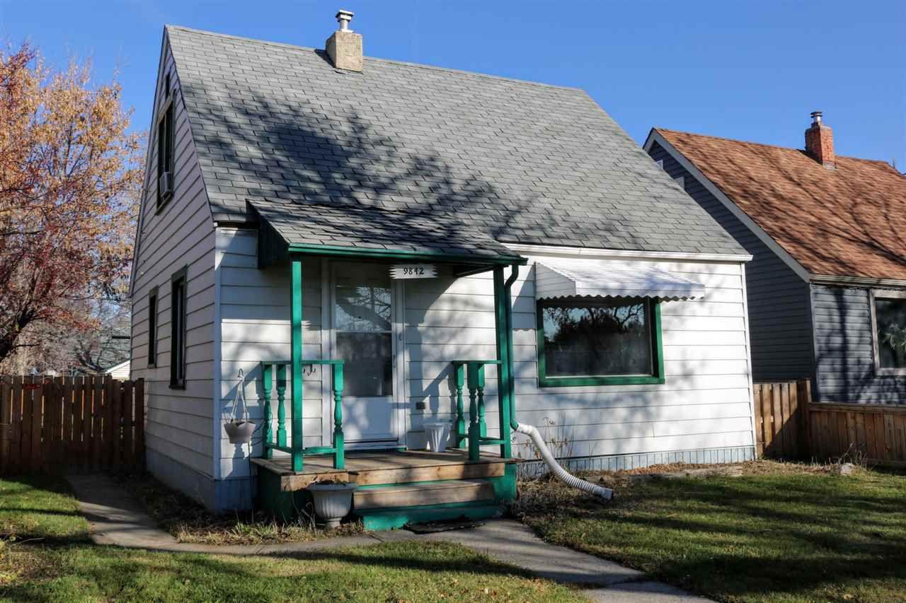 Main Photo: 9842 72 Avenue in Edmonton: Zone 17 House for sale : MLS®# E4133775