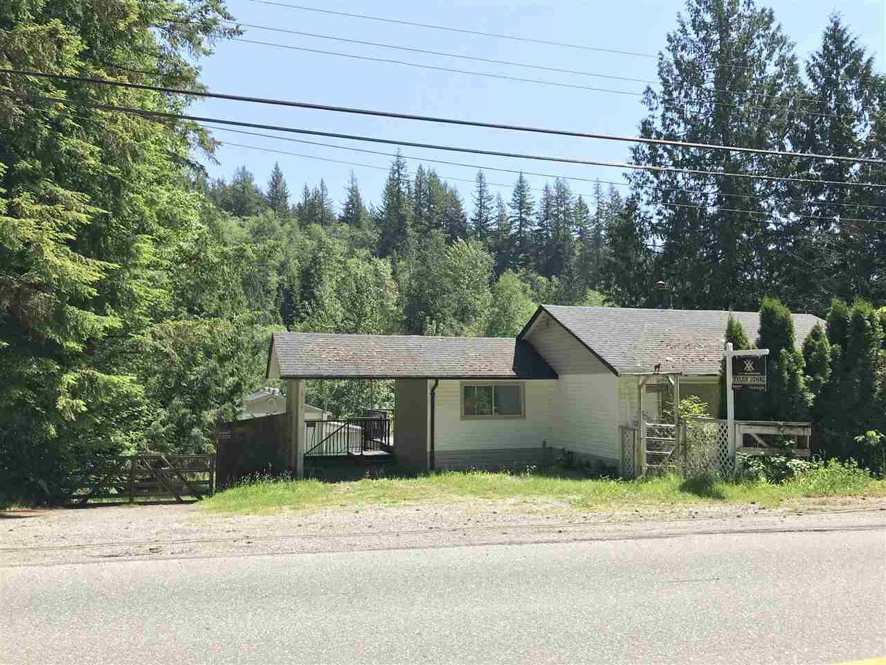 Main Photo: 11840 284 Street in Maple Ridge: Whonnock House for sale : MLS®# R2374042