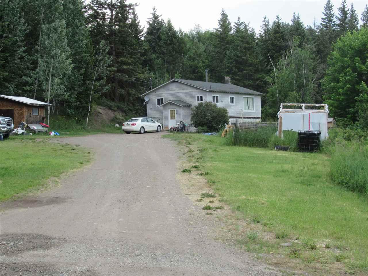 Main Photo: 950 HODGSON Road in Williams Lake: Esler/Dog Creek House for sale (Williams Lake (Zone 27))  : MLS®# R2383953