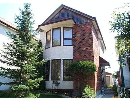 Main Photo: 65 Kairistine Lane: Residential for sale (Tyndall Park)  : MLS®# 2709023