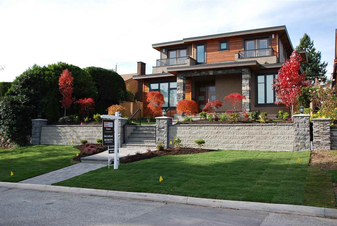Main Photo: 1132 CLOVERLEY Street in North Vancouver: Calverhall House for sale : MLS®# R2011918