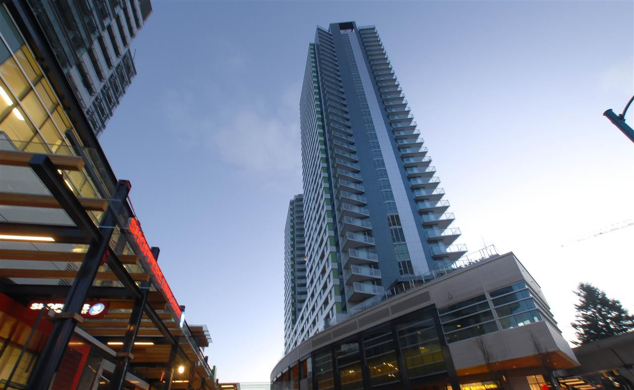 "Main Photo: 1503 488 SW MARINE Drive in Vancouver: Marpole Condo for sale in ""MARINE GATEWAY - NORTH TOWER"" (Vancouver West)  : MLS®# R2019835"