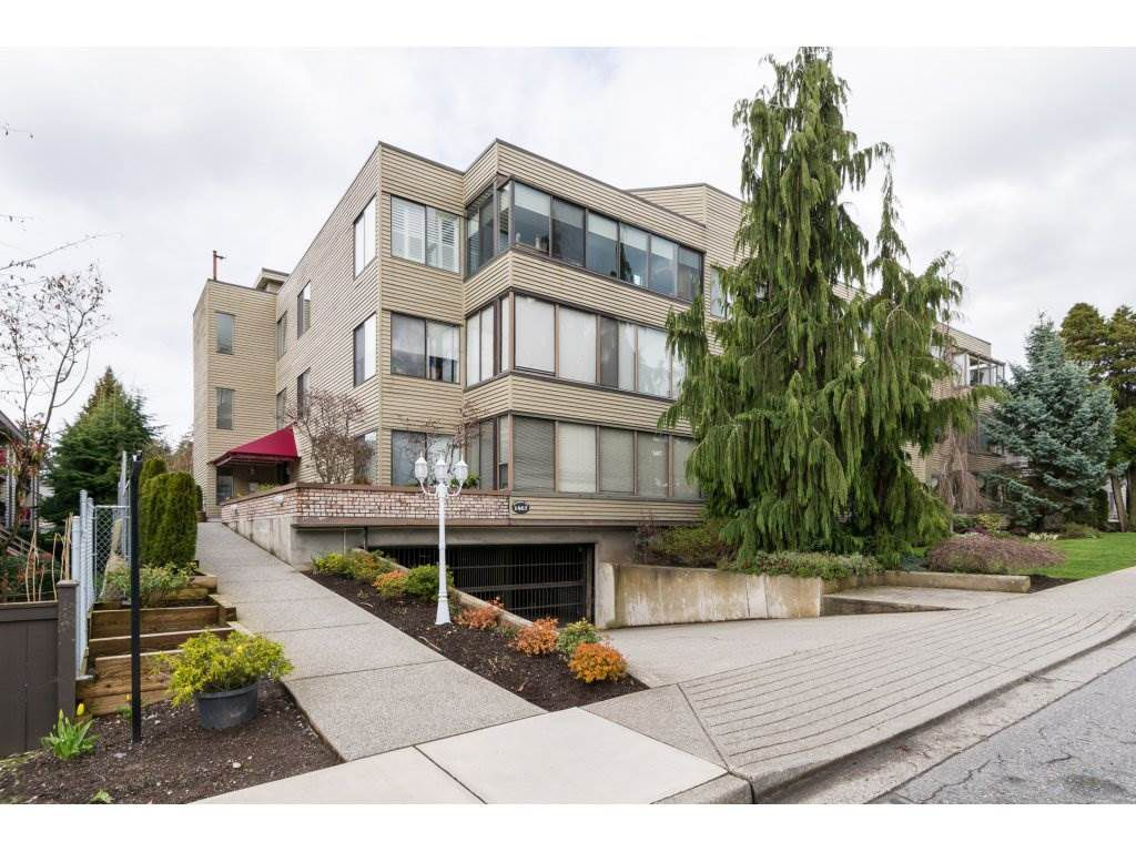 "Main Photo: 105 1467 MARTIN Street: White Rock Condo for sale in ""Searidge Court"" (South Surrey White Rock)  : MLS®# R2154678"