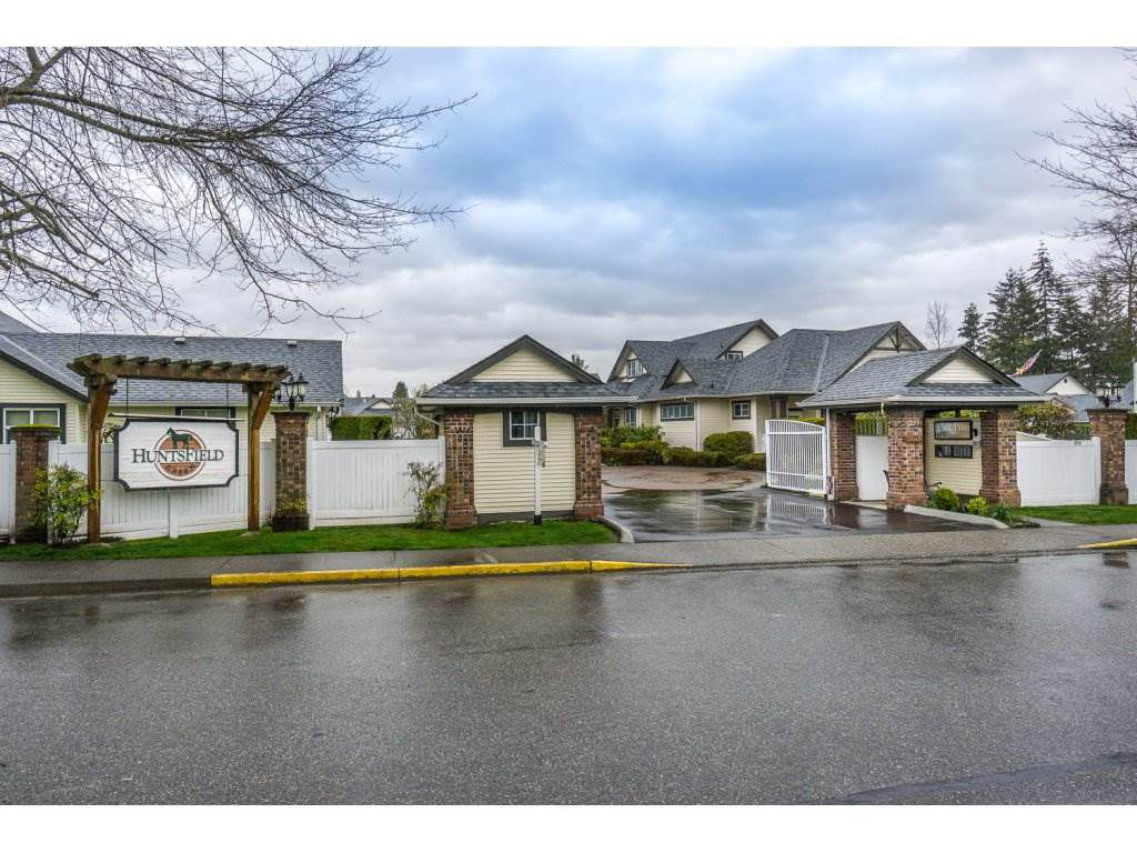 """Main Photo: 24 19649 53 Avenue in Langley: Langley City Townhouse for sale in """"Huntsfield Green"""" : MLS®# R2155558"""