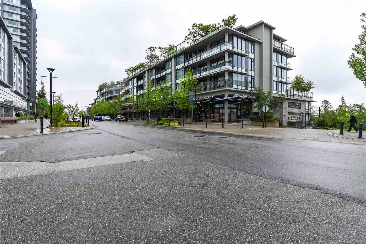 "Main Photo: 415 9009 CORNERSTONE Mews in Burnaby: Simon Fraser Univer. Condo for sale in ""THE HUB"" (Burnaby North)  : MLS®# R2172249"