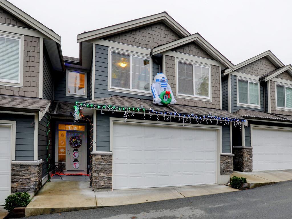 "Main Photo: 2 11384 BURNETT Street in Maple Ridge: East Central Townhouse for sale in ""Maple Creek Living"" : MLS®# R2228713"